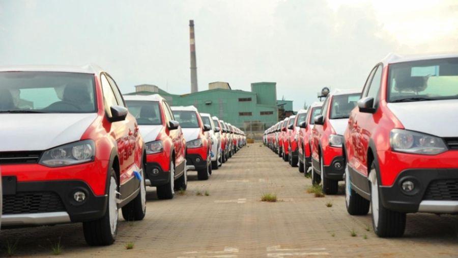 Nhập khẩu ô tô năm 2020 giảm mạnh, chờ đợi hồi phục năm 2021