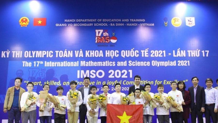 Học sinh Việt Nam giành 2 Huy chương Vàng Olympic Toán học và Khoa học quốc tế năm 2021