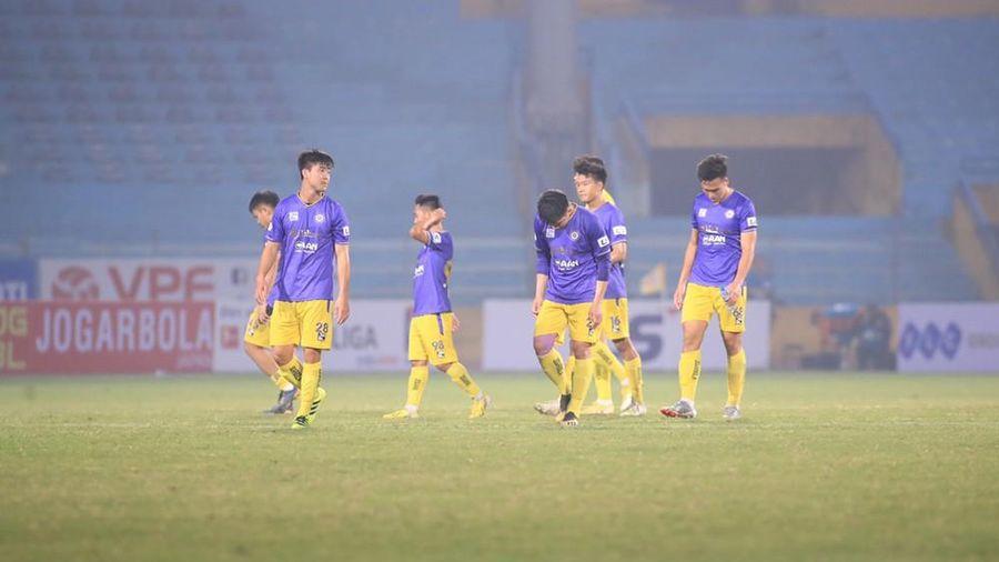 Vòng 2 V.League 2021: Trật tự đảo lộn