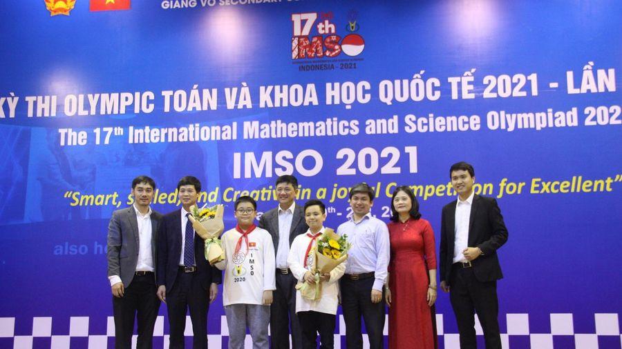 Học sinh Hà Nội giành hơn 20 huy chương tại Kỳ thi Olympic Toán và Khoa học quốc tế