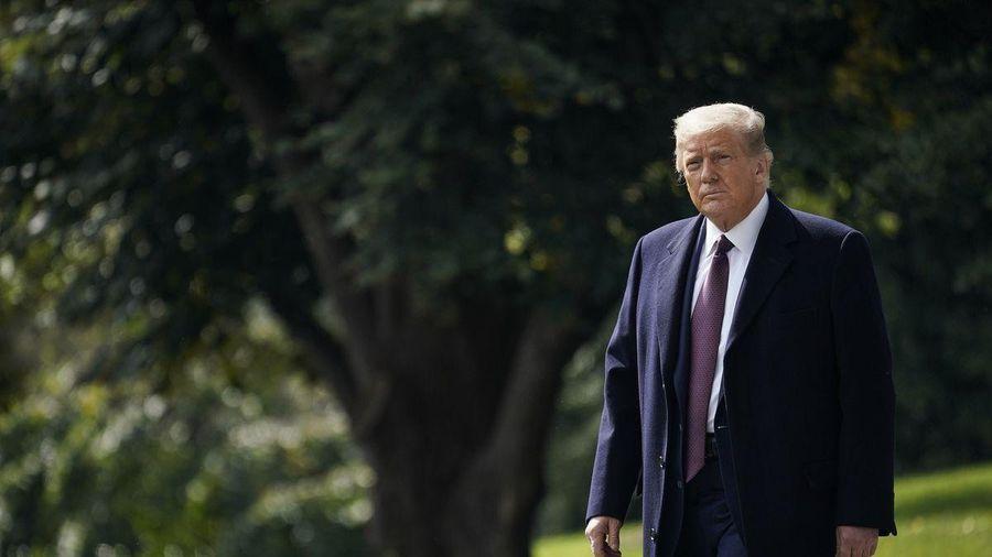 'Tôi chưa từng thấy ông Trump cô độc đến vậy'