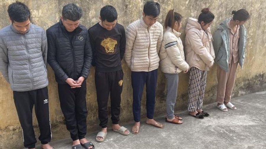 Thanh Hóa: Bắt giữ 13 đối tượng tổ chức tiệc ma túy tại quán Karaoke