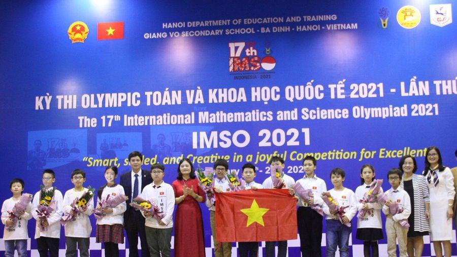 Học sinh Việt Nam giành Huy chương Vàng Olympic Toán học và Khoa học quốc tế