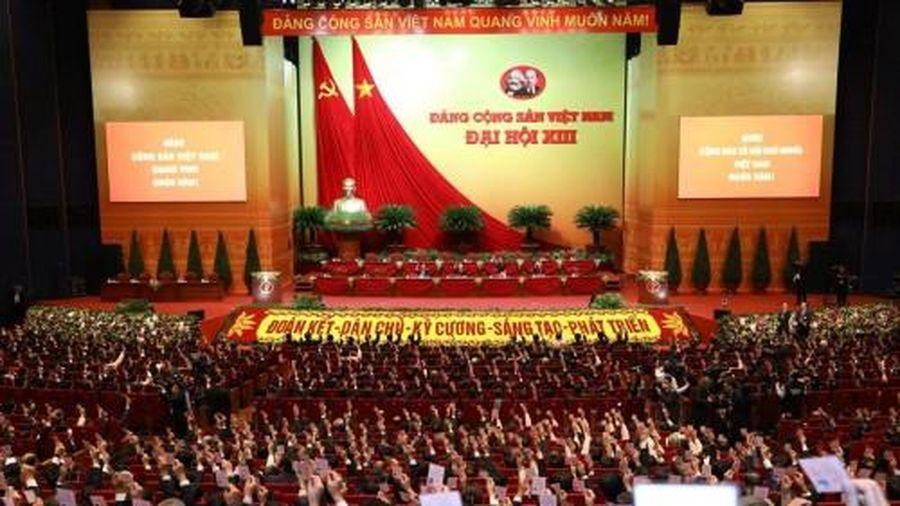 Đại biểu Đại hội XIII họp phiên trù bị tại Hội trường Trung tâm Hội nghị Quốc gia