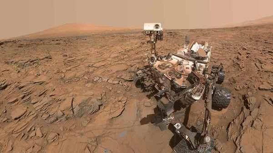 Tàu thám hiểm của NASA lập kỷ lục 3.000 ngày trên sao Hỏa