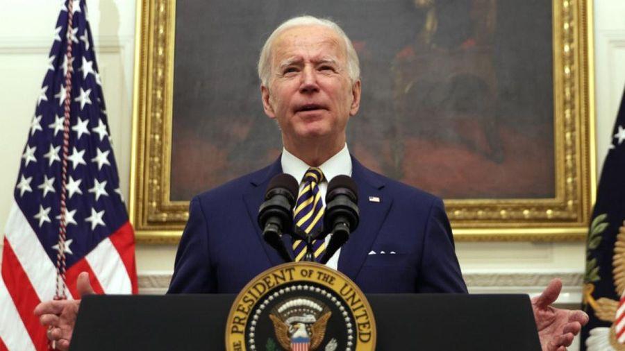 Hơn 2/3 người Mỹ ủng hộ cách ông Biden ứng phó với Covid-19 trong tuần đầu nắm quyền