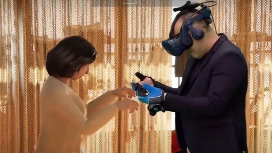 Gặp lại vợ đã mất nhờ công nghệ VR ở Hàn Quốc