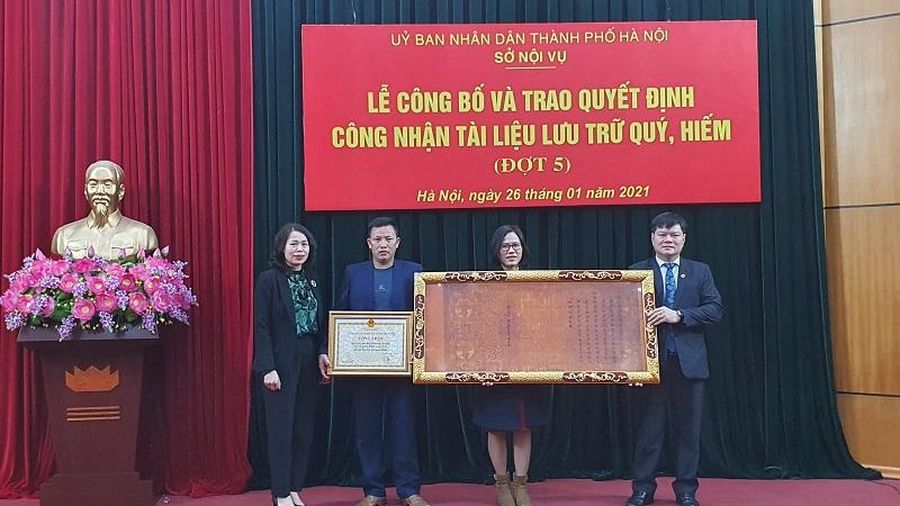 Hà Nội: Công nhận 1.576 đạo sắc phong là tài liệu lưu trữ quý, hiếm