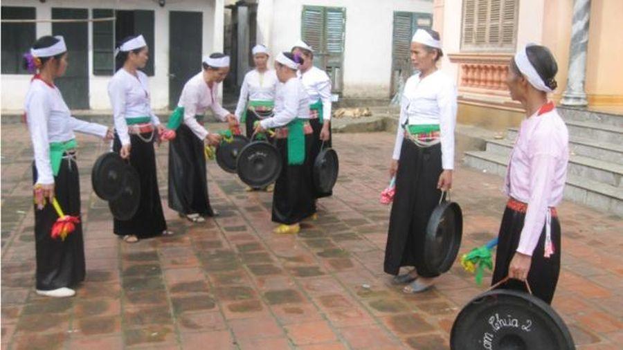 Khai trương chợ Độc Lập và khai mạc Phiên chợ Xuân vùng cao TP Hòa Bình năm 2021