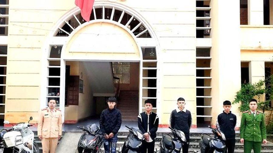 Hà Tĩnh: Triệu tập nhóm thanh niên đánh võng trên đường nhờ camera an ninh
