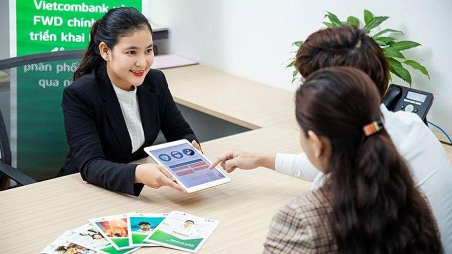Hợp tác Vietcombank - FWD: Dịch vụ bancassurance thời đại 4.0