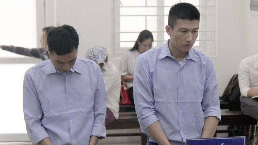 Giảm án cho hai cựu cán bộ nhận hối lộ