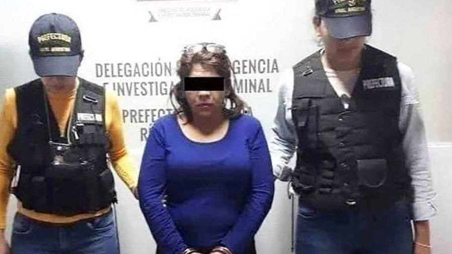 Mexico: Không nhận ra ảnh mình, vợ vác dao đâm chồng vì tưởng chụp với 'bồ'