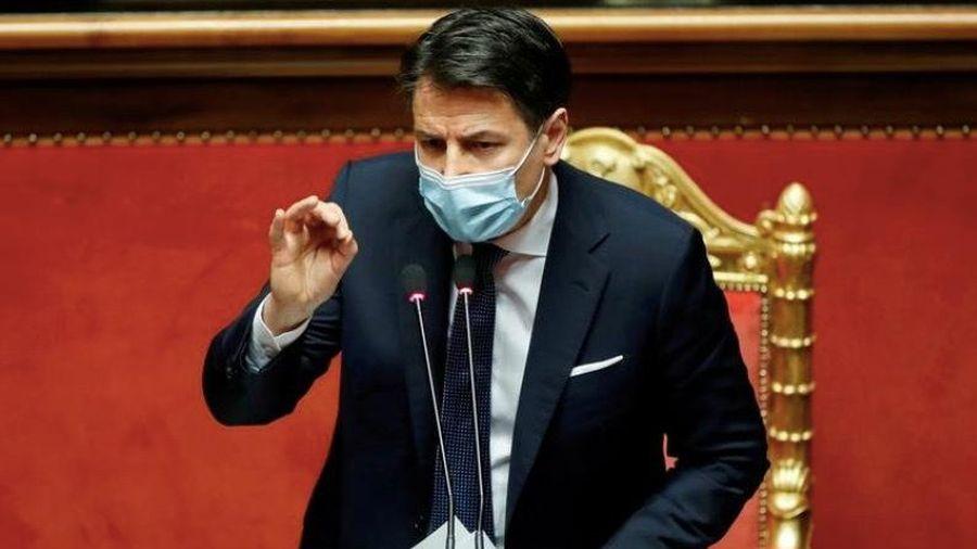 Thủ tướng Italia đệ đơn từ chức