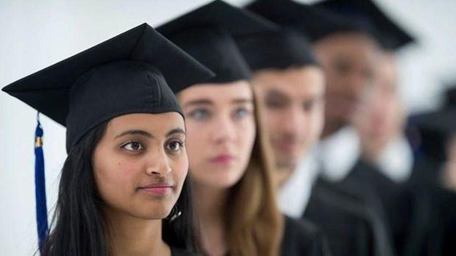 Australia chưa xem xét hộ chiếu tiêm chủng với sinh viên quốc tế