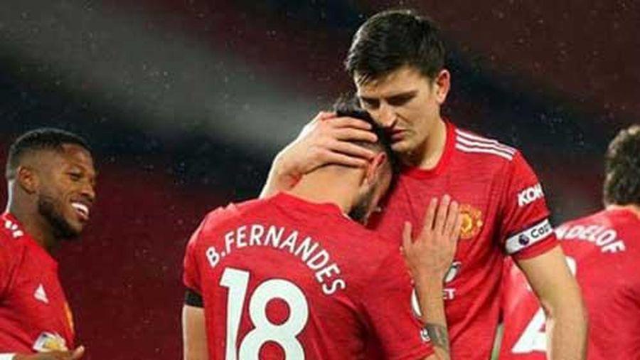 Maguire tự nhận công trong siêu phẩm đá phạt của Fernandes