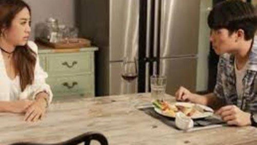 4 năm chồng cũ không gửi tiền phụ cấp đột nhiên đòi đón con về ăn Tết để 'không quên tổ tông', song nghe lời đáp của đứa con 8 tuổi làm anh điếng người