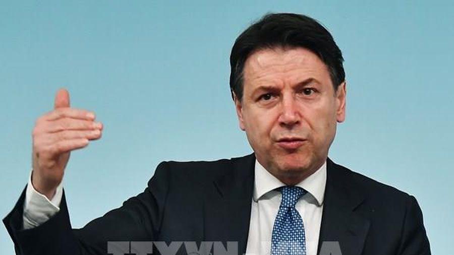Thủ tướng Italy thông báo quyết định từ chức