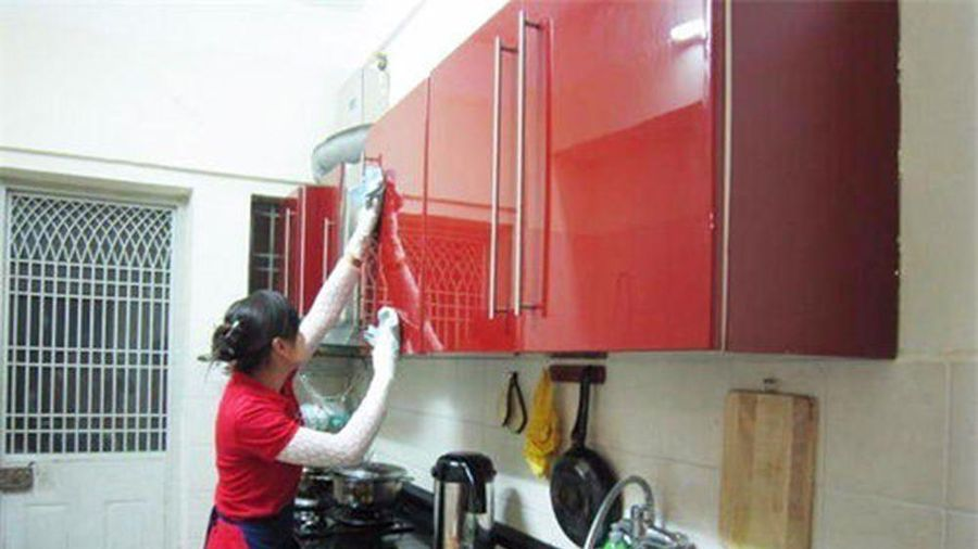 Dịch vụ vệ sinh nhà cửa đắt khách dịp cuối năm