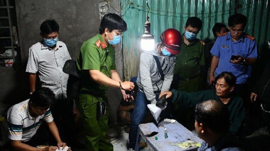 'Bà trùm' 61 tuổi cầm đầu đường dây ma túy lớn nhất tỉnh Tiền Giang
