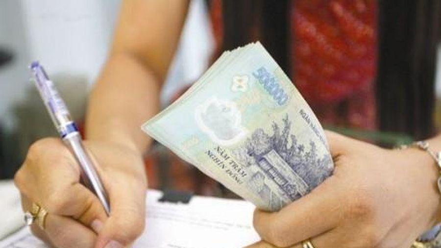 Trường hợp nào người lao động được ứng lương tháng 2/2021 để nghỉ Tết Nguyên đán?