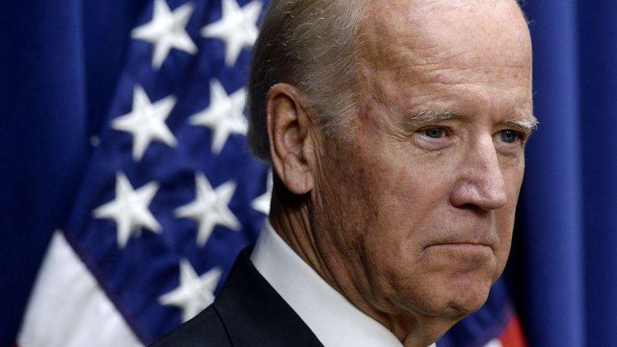 'Kỳ trăng mật' không êm ả của ông Biden