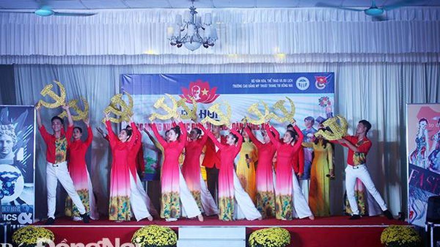 Chương trình nghệ thuật mừng Đại hội Đại biểu toàn quốc lần thứ XIII của Đảng