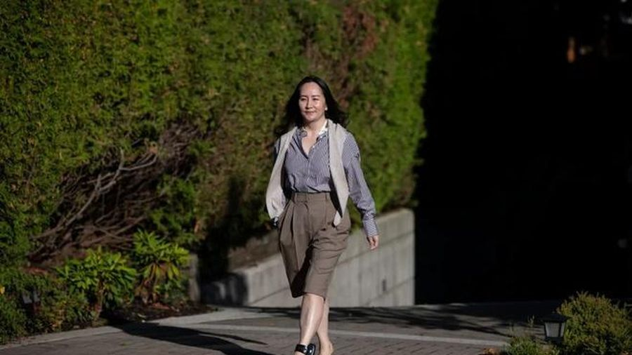 Luật sư khuyên Mạnh Vãn Chu từ chối dàn xếp thỏa thuận Mỹ-Huawei để được tự do