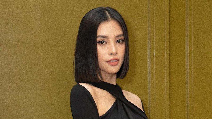 Hoa hậu Tiểu Vy cắt tóc ngắn, diện chiếc váy 'quen quen' khiến netizen lại rộ lên so sánh