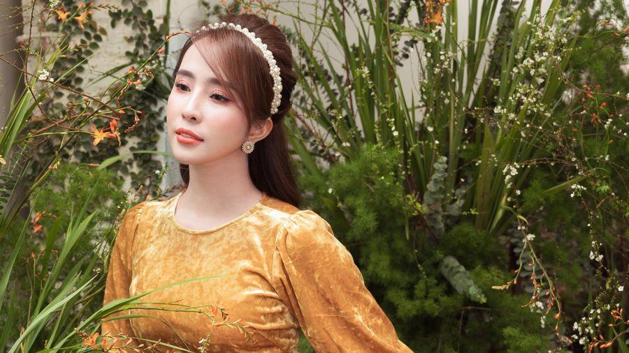 Stylist gợi ý cách mặc áo dài đẹp đón Tết Tân Sửu