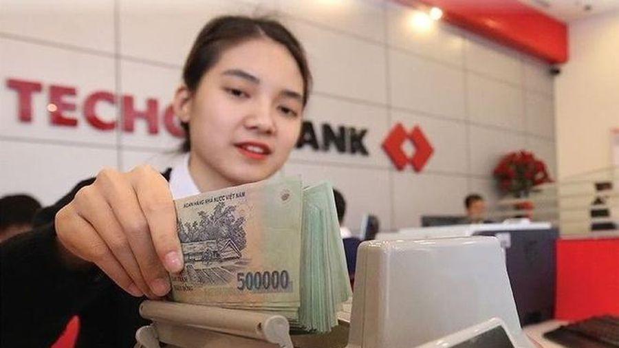 Techcombank lãi gần 16.000 tỷ đồng