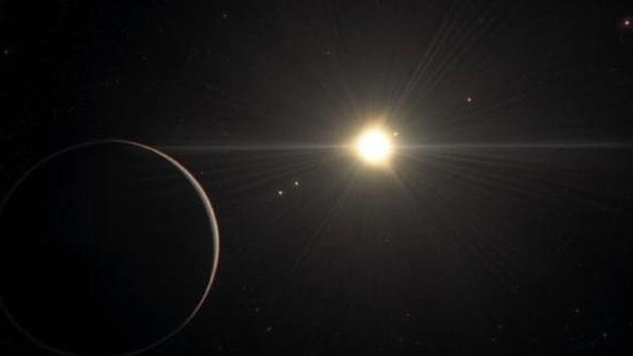Kinh ngạc 'hệ mặt trời' đẹp nhất vũ trụ, có hành tinh giống Trái Đất