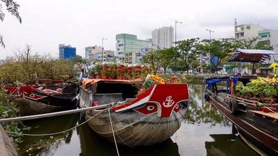 Đặc sắc chợ hoa Trên bến dưới thuyền Tết Tân Sửu