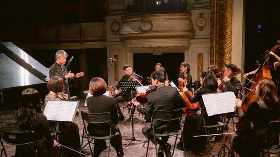 Gần 500 người dự đêm hòa nhạc gây Quỹ 'Như những người bạn - sống cùng âm nhạc'