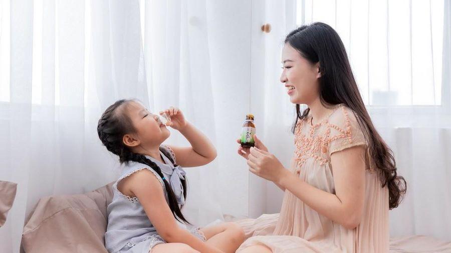 Những sai lầm bố mẹ hay mắc khi trị ho, sổ mũi cho trẻ tuổi đến trường