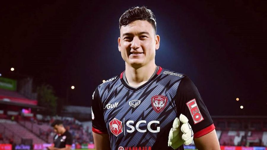 FIFA cho phép Đặng Văn Lâm gia nhập Cerezo Osaka