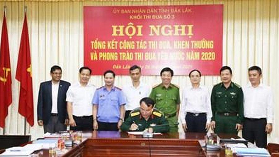 VKSND tỉnh Đắk Lắk được đề nghị tặng Cờ thi đua và Bằng khen của UBND tỉnh