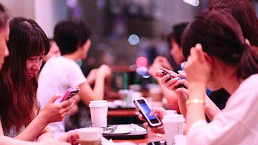 Đừng đánh giá cuộc sống của ai đó dựa trên mạng xã hội