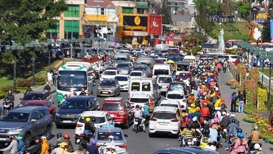 Lâm Đồng treo thưởng 1 tỷ đồng cho giải pháp chống ùn tắc giao thông Đà Lạt