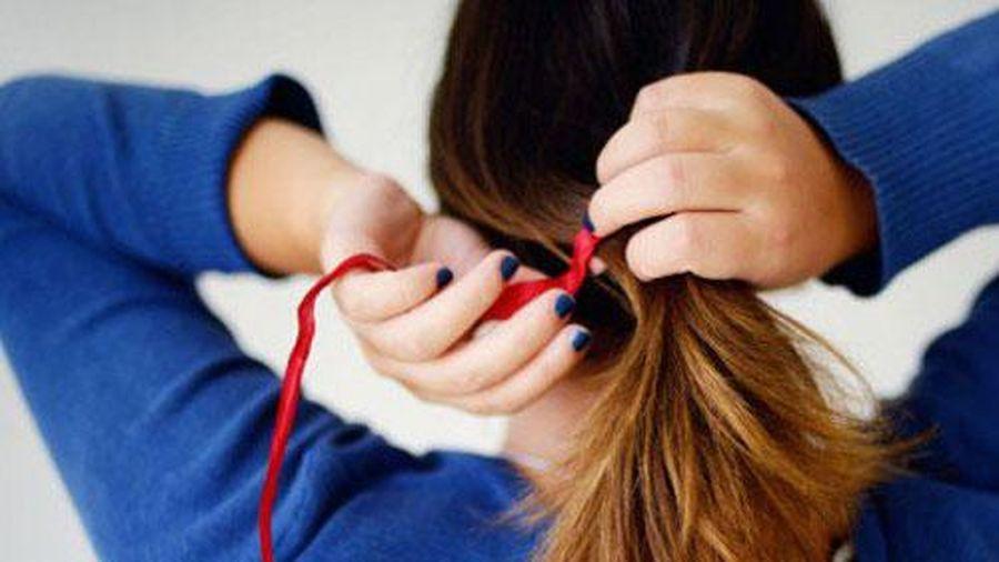Bí quyết chăm sóc tóc khô xơ chỉ bằng cách dùng bơ và chuối, giúp bạn tự tin đón Tết