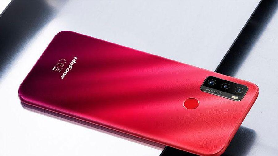 Smartphone 3 camera sau, pin 5.500 mAh, giá 2,55 triệu đồng