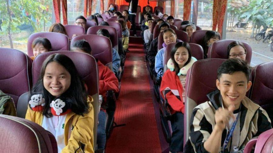 TP.HCM trao 43.000 'tấm vé nghĩa tình' hỗ trợ công nhân, sinh viên
