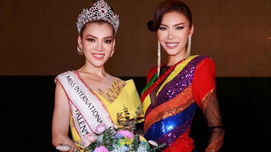 Minh Tú nói gì khi học trò giành vương miện Miss International Queen Vietnam 2020?