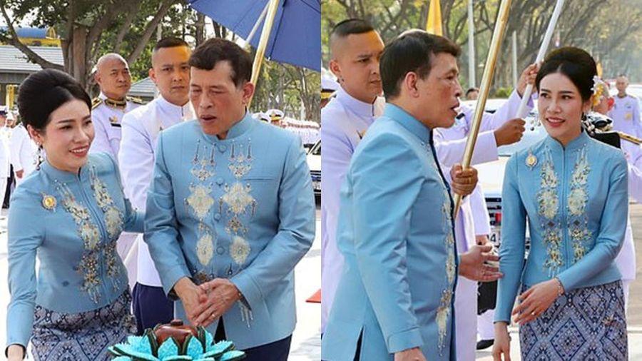 Nhà vua Thái Lan bất ngờ phong hoàng quý phi làm hoàng hậu