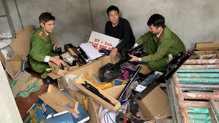 Bắt giữ đối tượng tàng trữ, mua bán hơn 1000 linh kiện, cụm chi tiết linh kiện súng hơi khí nén