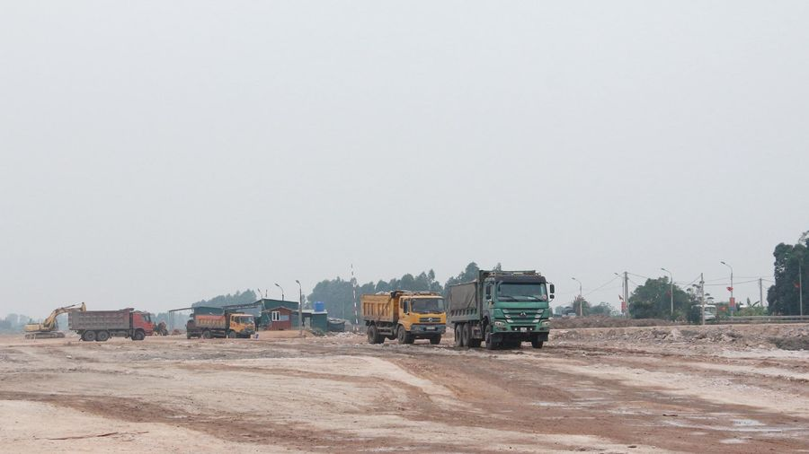 Chủ động nguồn vật liệu san lấp mặt bằng các dự án