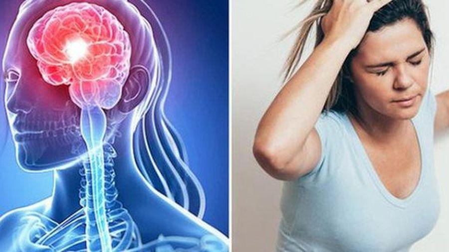 Con sốc vì mẹ đang khỏe mạnh bỗng đột tử vì nhồi máu não, bác sĩ chỉ rõ 'bệnh từ miệng mà ra'