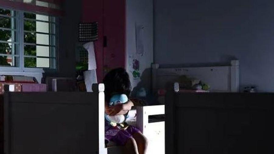 Nhận bản án 1.050 năm tù vì hãm hiếp con gái riêng của vợ