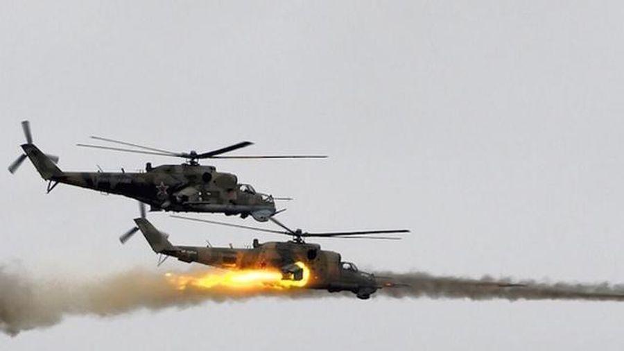 Xem trực thăng Nga truy đuổi khủng bố IS ở Syria
