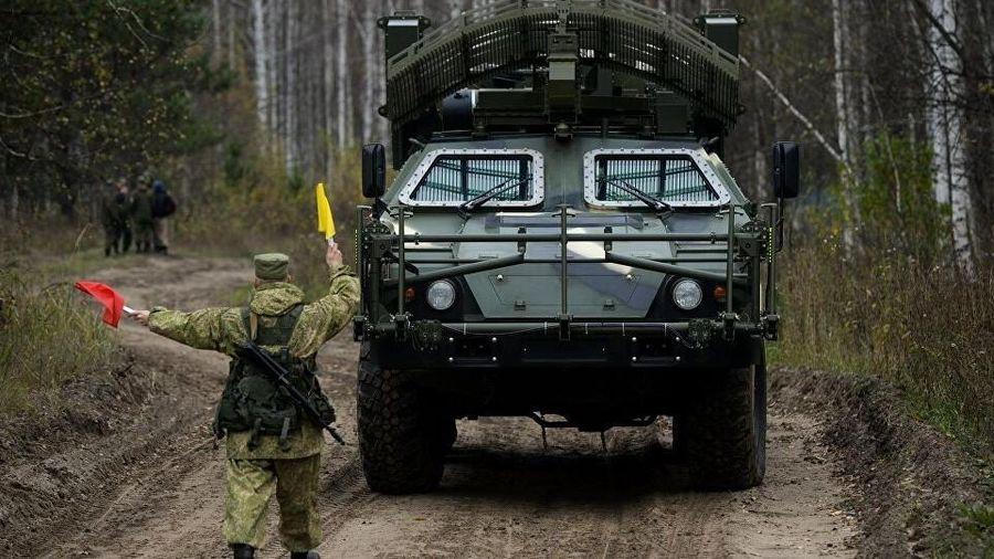 Xe rà phá bom mìn từ xa của quân đội Nga sẽ có pháo vi sóng